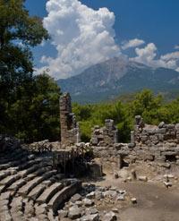hiking trails and ruins